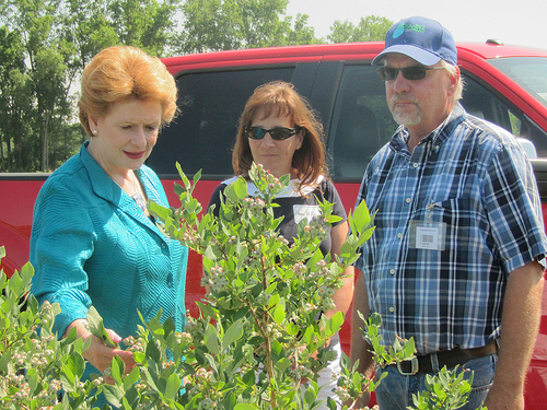 Stabenow and Cantor Express Support for a Farm Bill this Fall