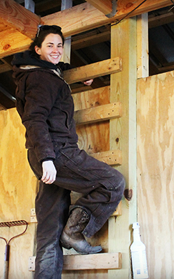 hannah_barn_ladder_crop